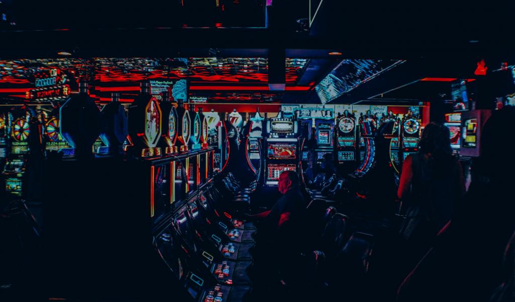 Esitetyt Postikuvat 4 Asiat Hellboysta joka tekee muistettavaksi lähtöpaikaksi Alamaailma 1024x602 - 4 asiaa, jotka tekevät Hellboysta ikimuistoisen Slot-peliteeman